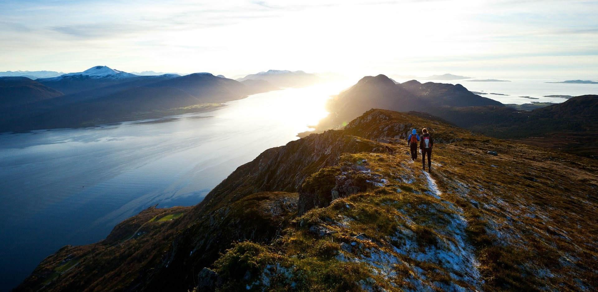 Ropa y Accesorios de Montaña